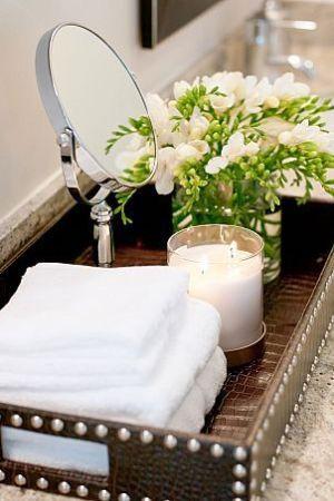 towels candles bathroom