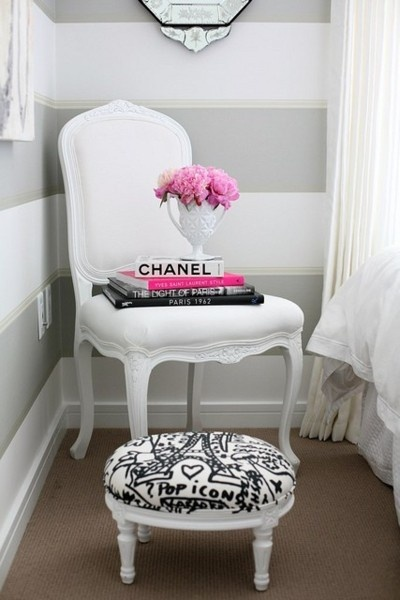 tufted chair white pouf