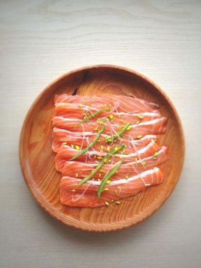 Salmon Sashimi (Salmon Sashimi | .:: Japanese Food and Drink ::.から)