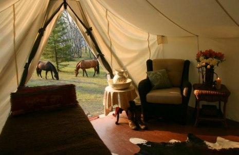 Honeymoon-at-Siwash-Lake-Ranch-in-BC-Canada-Spa-and-Horses