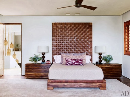 item8.rendition.slideshowWideVertical.cindy-crawford-rande-gerber-25-george-clooney-master-bedroom