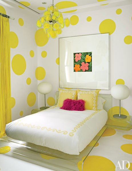 item6.rendition.slideshowVertical.tommy-hilfiger-florida-beach-house-10-guest-room